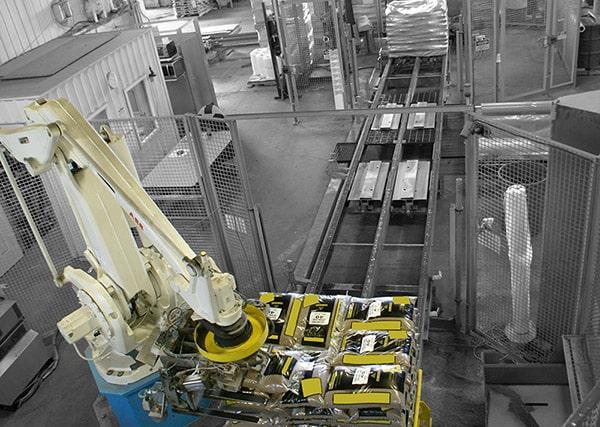 Image d'un Robot palettiseur installé au Québec