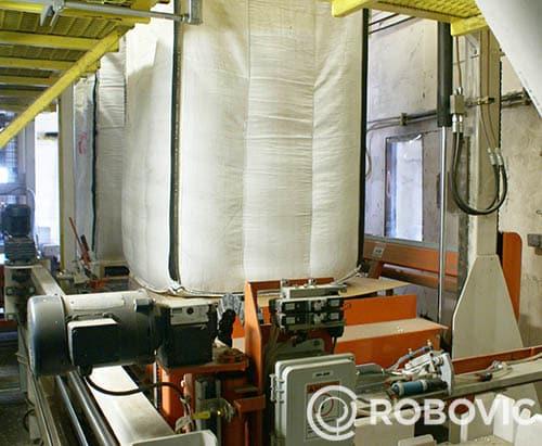 remplissage de big bag sur station de pesage