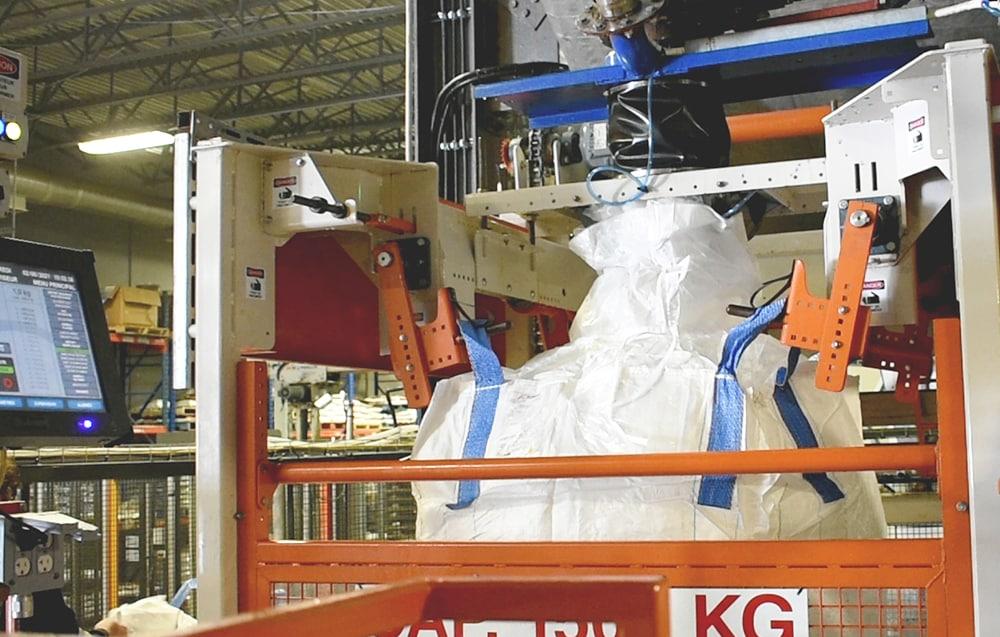 Jumbo/bulk bag filling system